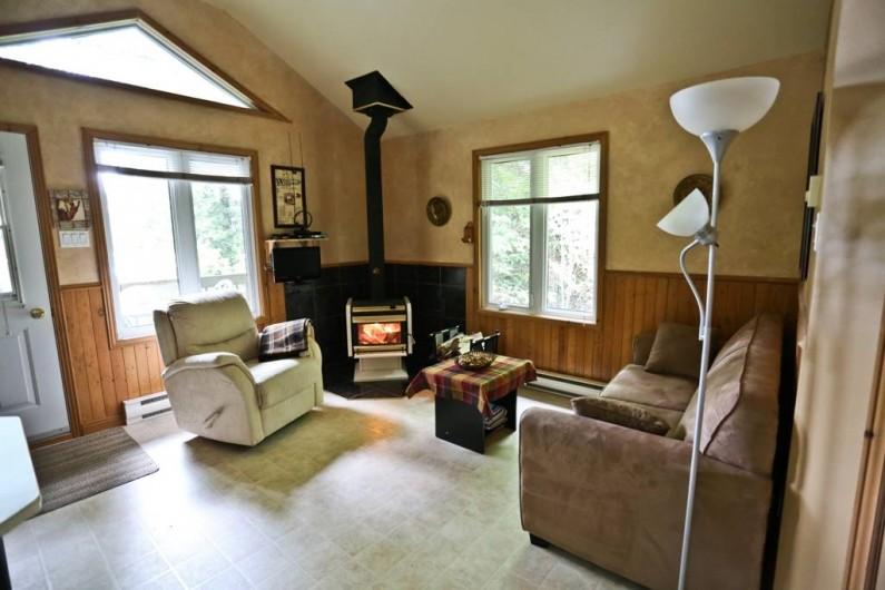 Location de vacances - Chalet à Shawinigan - 4510-intérieur chalet 1 chambre