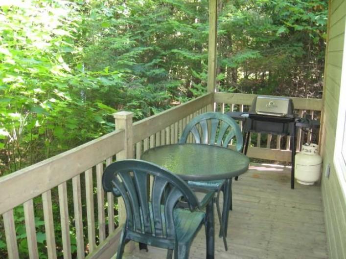 Location de vacances - Chalet à Shawinigan - 4510- chalet 1 chambre, galerie extérieure