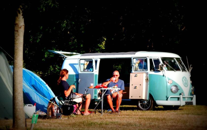 Location de vacances - Camping à Sarzeau - Bienvenue aux VW Combi