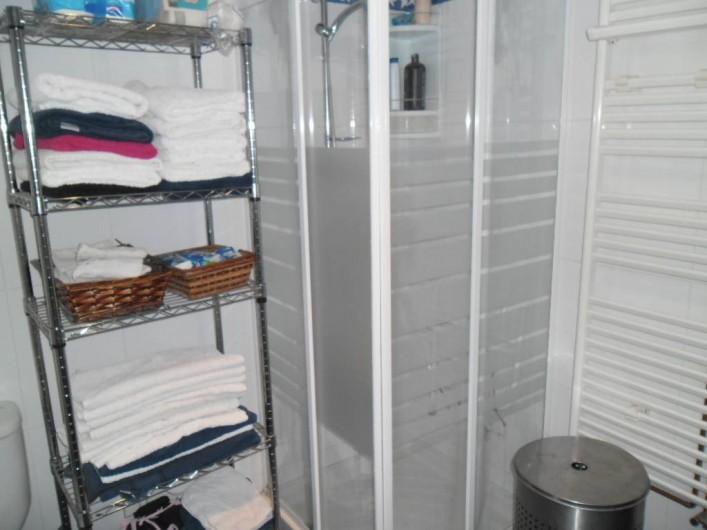 Location de vacances - Appartement à L'Estartit - SALLE DE BAIN AVEC DOUCHE, WC