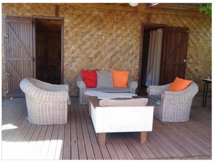 Location de vacances - Maison - Villa à Saint-Gilles les Bains - Coin salon sur la terrasse
