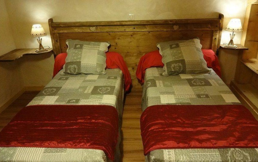 Location de vacances - Chalet à Saint-Nicolas-la-Chapelle - 2eme chambre avec lits 90*200