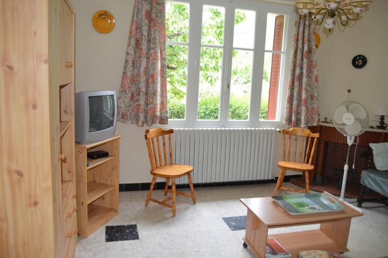 Location de vacances - Villa à Thueyts - salon