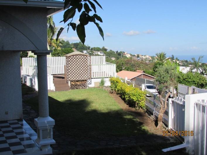 Location de vacances - Villa à Bois De Nèfles - Jardin