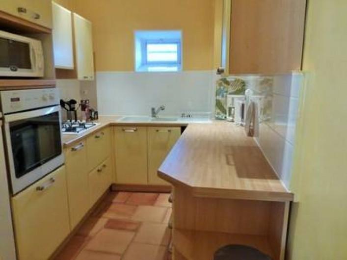 Location de vacances - Gîte à Branoux-les-Taillades - Château Apartment; cuisine
