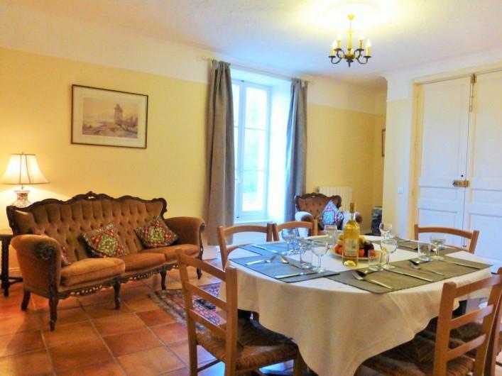 Location de vacances - Gîte à Branoux-les-Taillades - Château apartment (5 pers); Salon