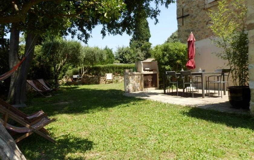 Location de vacances - Mas à Saint-Victor-la-Coste - Terrasse ouest