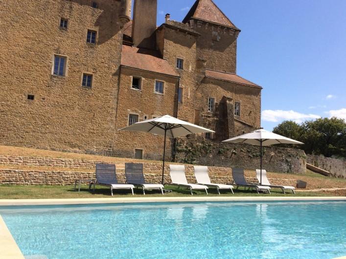 Location de vacances - Chambre d'hôtes à Pierreclos - Piscine chauffée