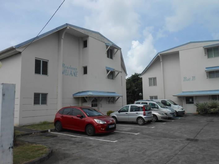 Location de vacances - Appartement à Les Trois-Îlets - Parking, Appt Colibri Huppé en rez de chaussée du Bat A