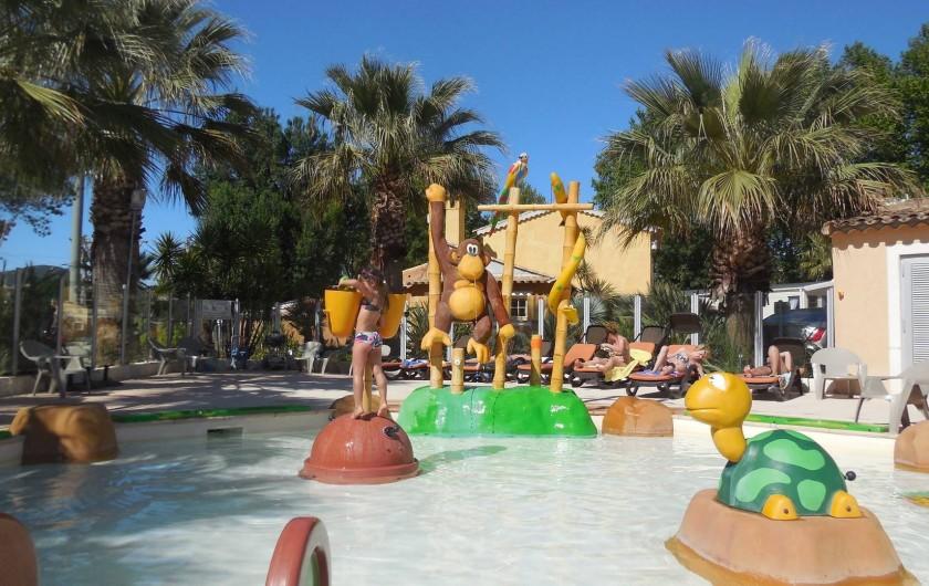 Location de vacances - Bungalow - Mobilhome à Grimaud - Pataugeoire ludique