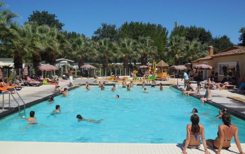 Location de vacances - Bungalow - Mobilhome à Grimaud - Piscine du camping