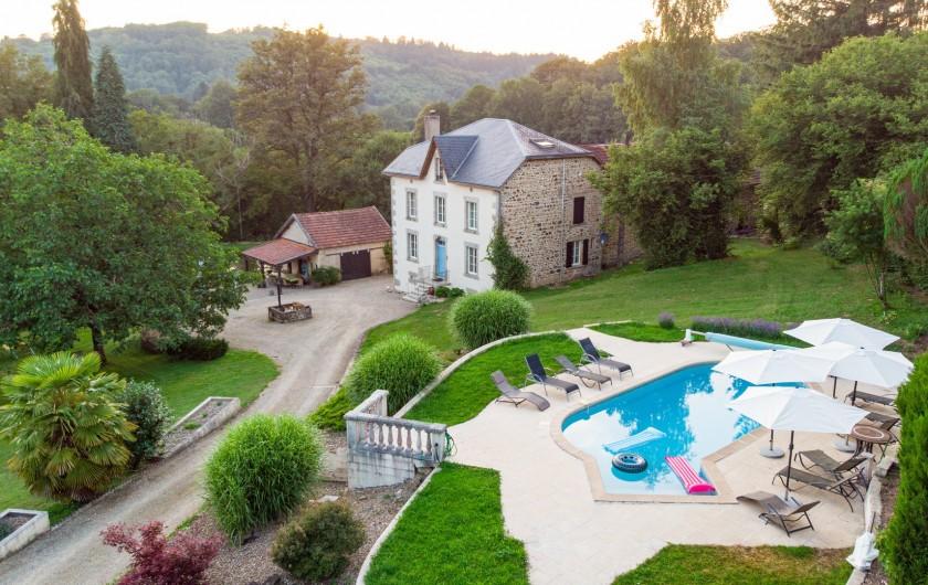 Location de vacances - Villa à Saint-Moreil - Piscine