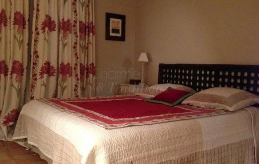 Location de vacances - Chambre d'hôtes à Saint-Tropez - Chambre 2 petite maison deux lits