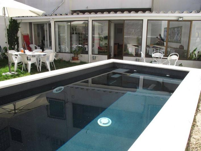 location maison avec piscine lisbonne portugal ventana blog. Black Bedroom Furniture Sets. Home Design Ideas
