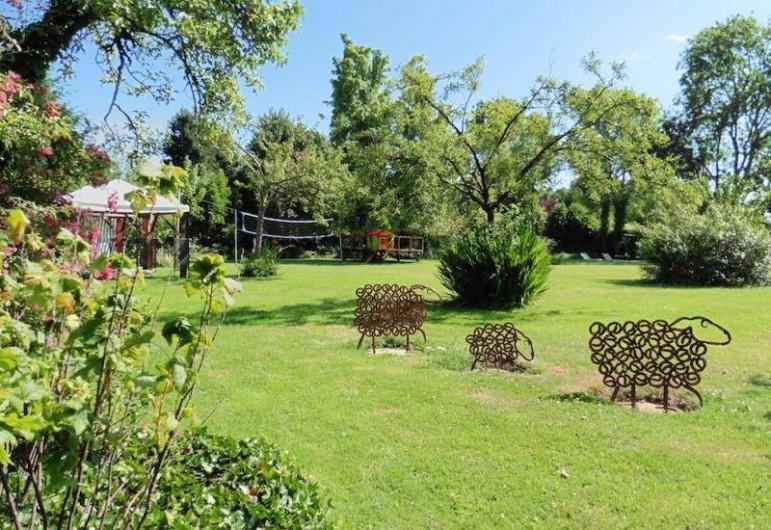 Location de vacances - Gîte à Saint-Pierre-Azif - Jardin