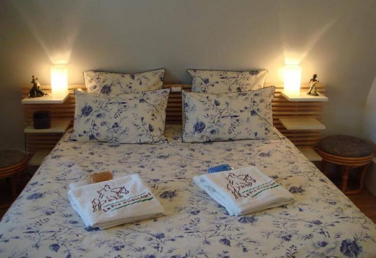 Location de vacances - Gîte à Saint-Pierre-Azif - Chaumière Etage - Chambre_4 Le Temps des Cerises