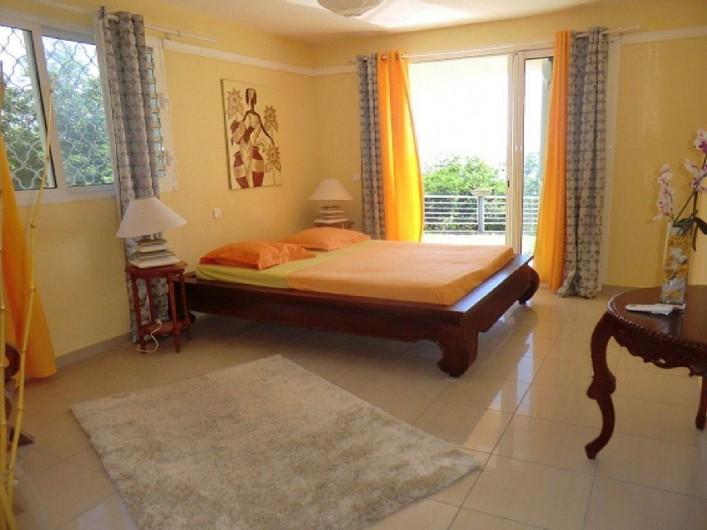 Location de vacances - Villa à Vieux Fort - Vue de la suite  parentale - Chambre Orchidée (28 m²)