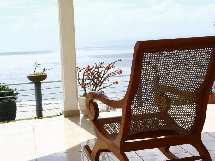 Location de vacances - Villa à Vieux Fort - Imaginez-vous assis dans cette berceuse avec un ti punch !!!!!!!!!!!!!