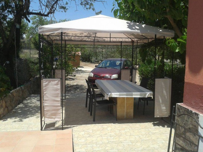 Location de vacances - Villa à Monòver - Véranda extérieure. Pour prendre les repas,  prendre l'air.