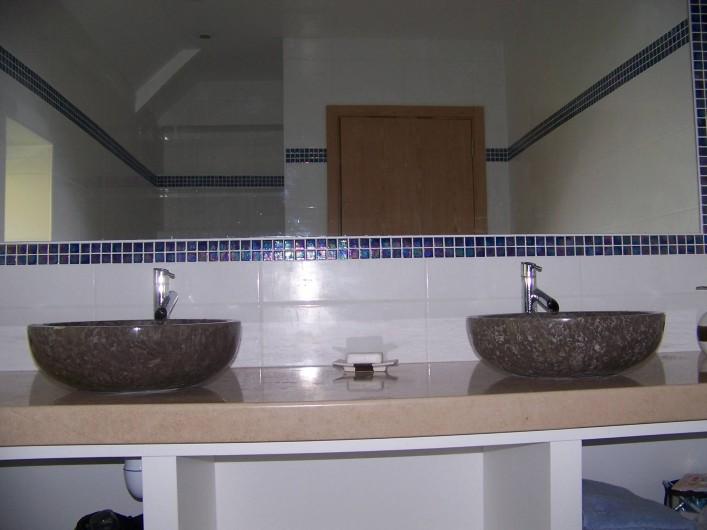 Location de vacances - Maison - Villa à Sarlat-la-Canéda - Salle de bain