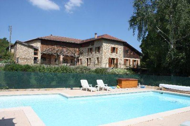 Location de vacances - Chambre d'hôtes à Saint-Lattier - la piscine