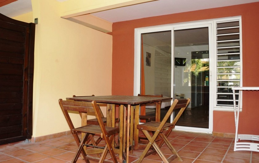 Location de vacances - Studio à Le Vauclin - Résidence Macabou - Terrasse d'un Studio pour 2/3 personnes