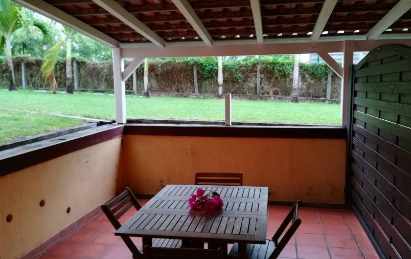 Location de vacances - Studio à Le Vauclin - Résidence Macabou - Terrasse du Studio Palmier pour 2/3 personnes