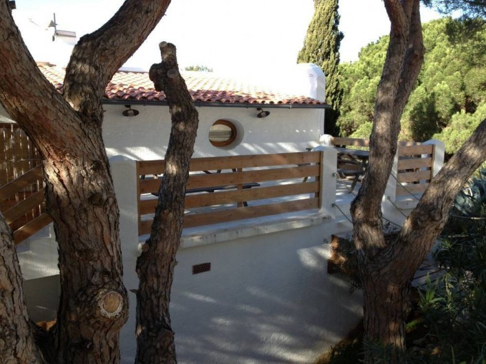 Location de vacances - Villa à L'Escala - Facade côté