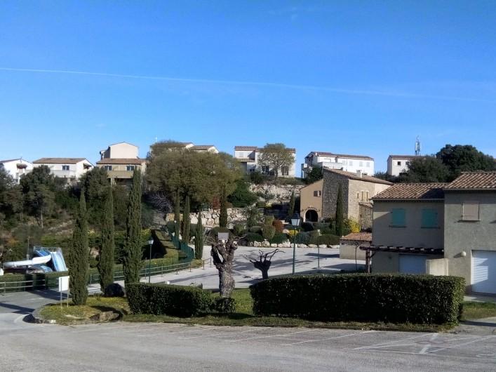 Location de vacances - Maison - Villa à Salavas - sur les hauteurs de la résidence