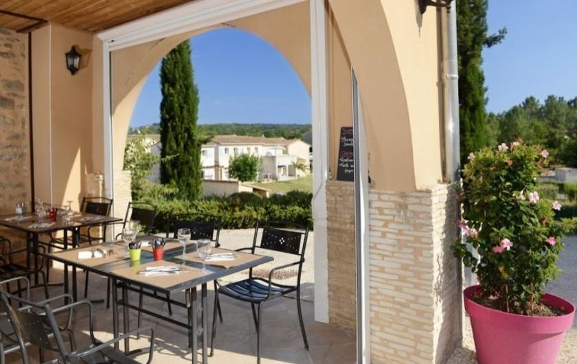Location de vacances - Maison - Villa à Salavas - restaurant  La Bergerie
