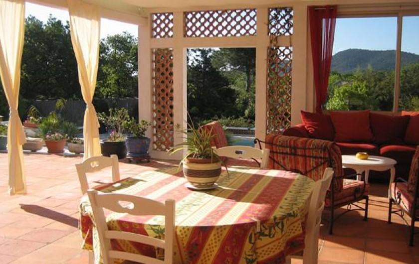 la giraglia chambres d 39 h tes d tente bien tre avec piscine et tennis hy res var. Black Bedroom Furniture Sets. Home Design Ideas