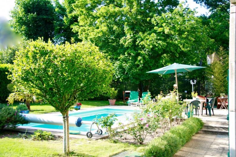 Location de vacances - Chambre d'hôtes à Maisons-Laffitte - Un environnement arboré sans vis à vis