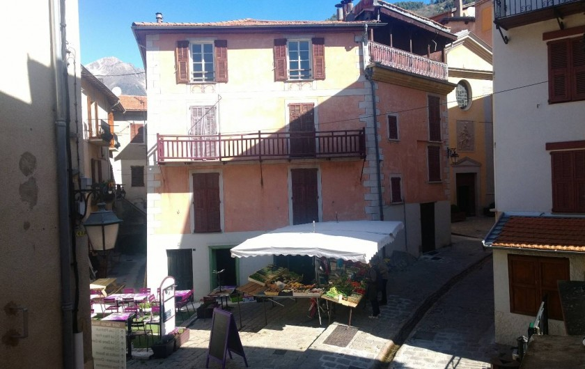 Location de vacances - Appartement à Saint-Martin-Vésubie - vue des chambres