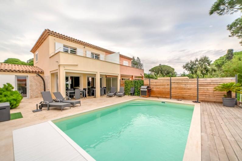 Location de vacances - Villa à Sainte-Maxime - terrasse