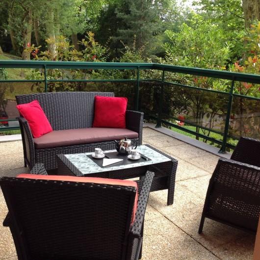 Location de vacances - Appartement à Biarritz - Salon terrasse