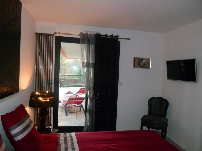 Location de vacances - Appartement à Biarritz - Chambre-vue sur terrasse