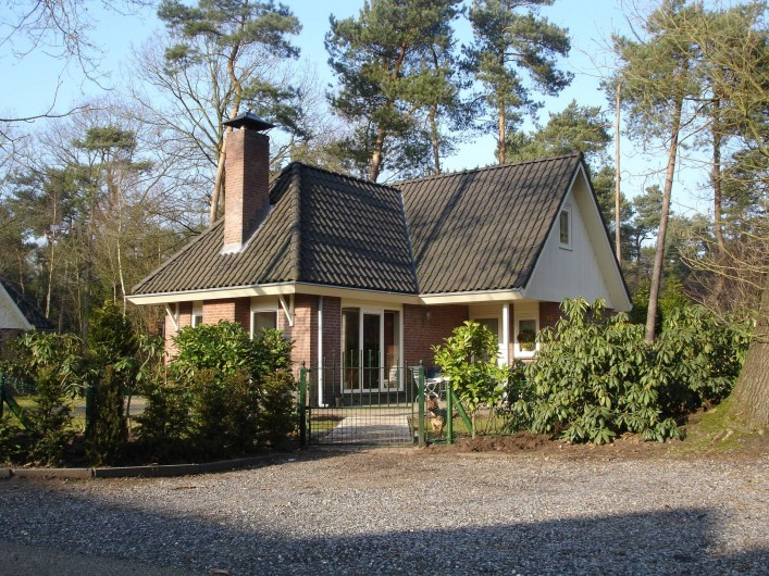 Location de vacances - Chalet à Beekbergen - huisje met ruime parkeerplaats voor  auto's