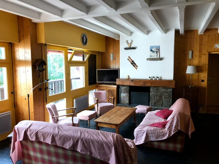 Location de vacances - Appartement à Saint-Lary-Soulan - Salon