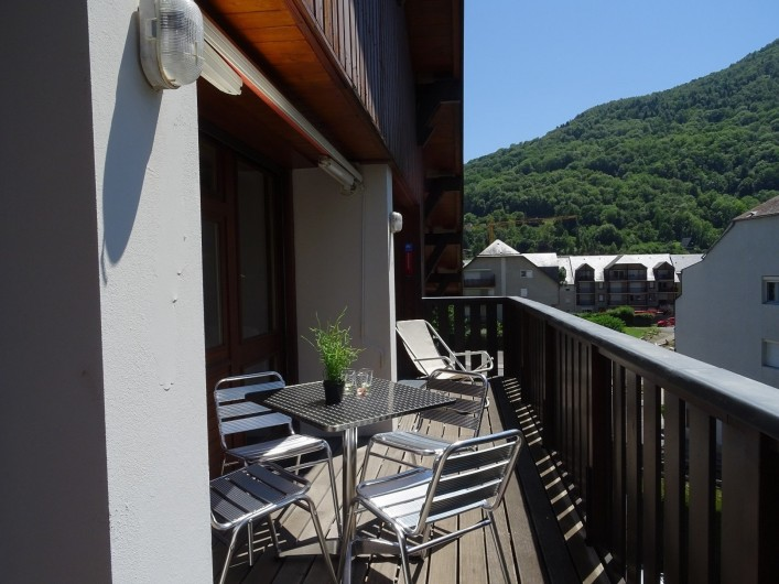 Location de vacances - Appartement à Saint-Lary-Soulan - balcon principal