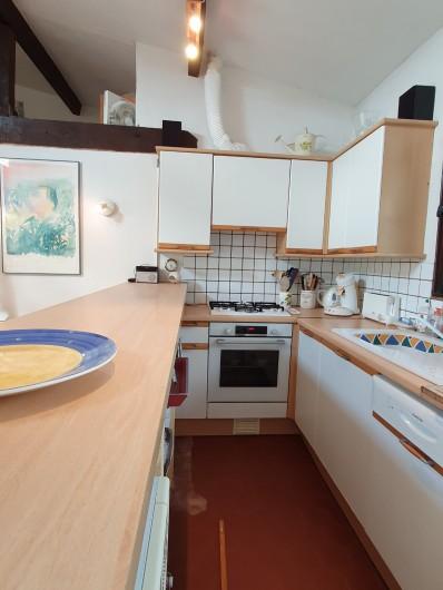 Location de vacances - Mas à Grasse - La cuisine