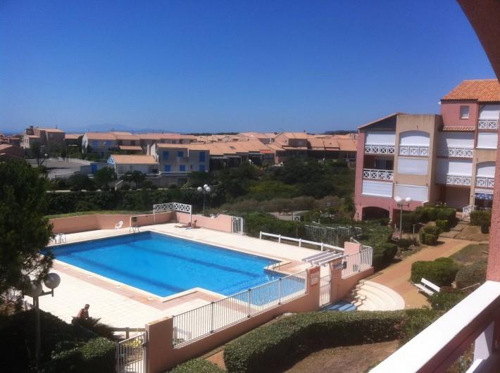 Appartement st pierre la mer avec piscine vue sur mer for Location appartement bordeaux a la semaine
