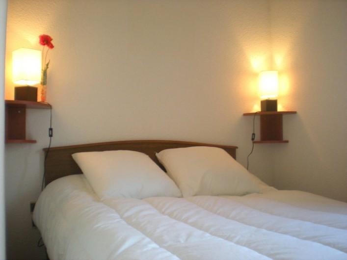 Location de vacances - Appartement à Saint-Pierre la Mer - Chambre parentale