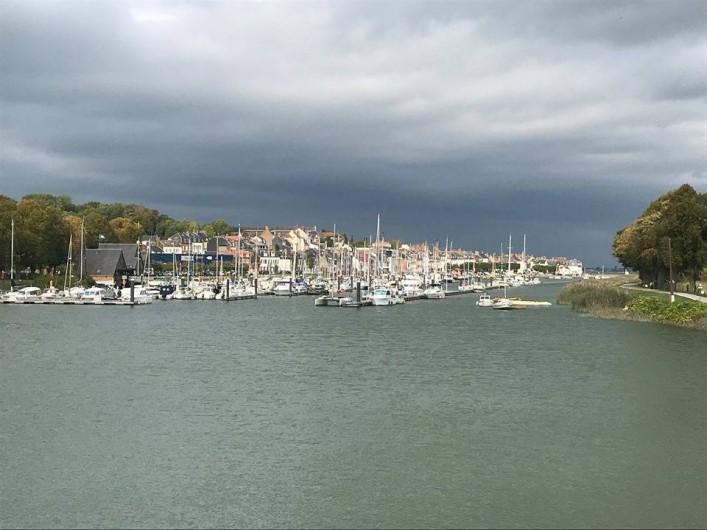 Location de vacances - Gîte à Ponthoile - Vue sur le port à Saint Valéry sur Somme