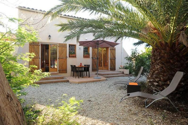 """Location de vacances - Chambre d'hôtes à Salses-le-Château - La suite familiale """"Le Vent"""""""