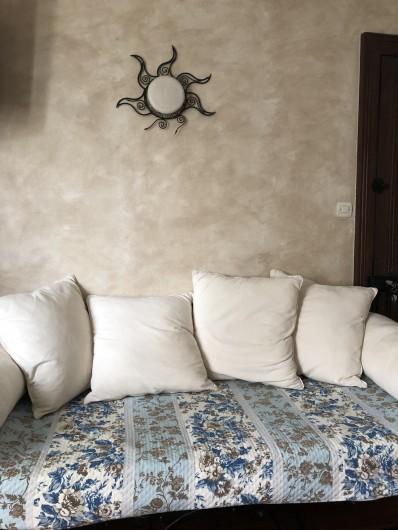 Location de vacances - Chambre d'hôtes à Les Loges - Canapé-lit de la chambre Syracuse