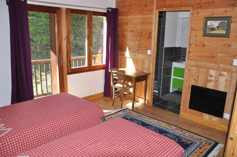 Location de vacances - Chalet à Puy-Saint-Vincent - 1 des 4chambres au 2iem étage,salle de bain wc