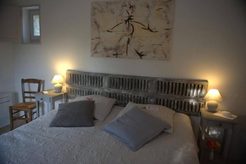 Location de vacances - Chambre d'hôtes à Gordes - Chambre Perle