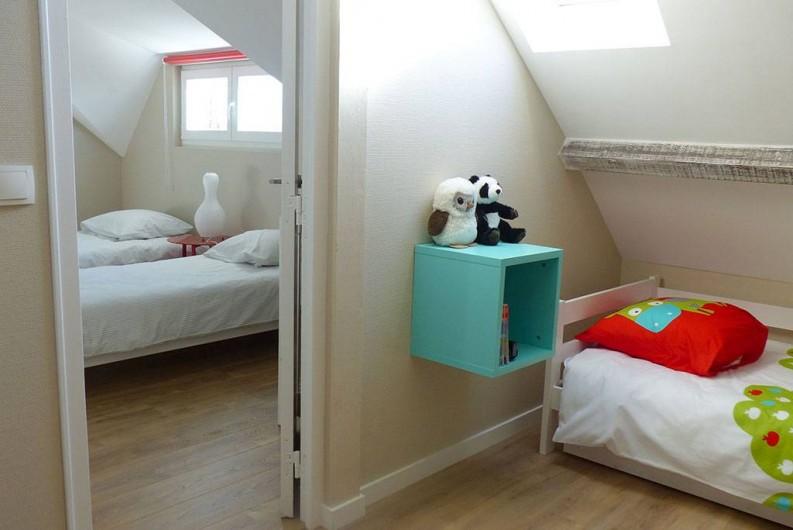Location de vacances - Appartement à Fontain - Chambres de l' étage en enfilade