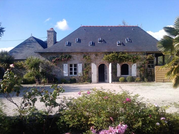 Location de vacances - Mas à Sainte-Marine - La facade Sud de la maison