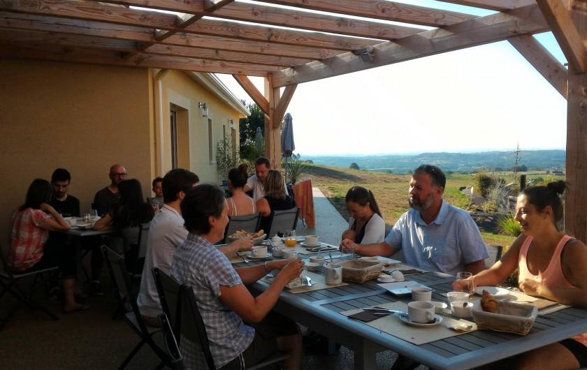 Location de vacances - Chambre d'hôtes à Marcillac-Saint-Quentin - Petit déjeuner